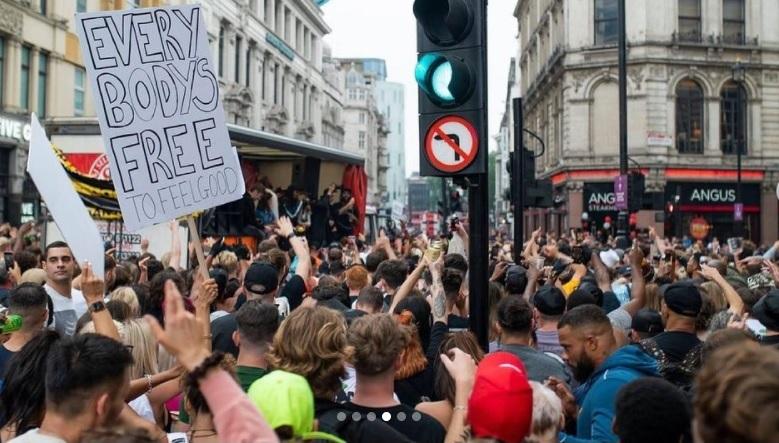 מחאה בריטניה